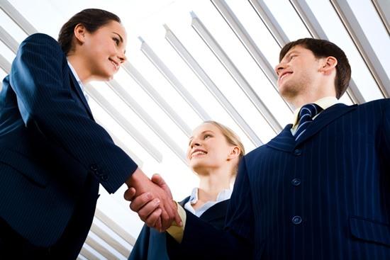 投資家とのビジネス提携