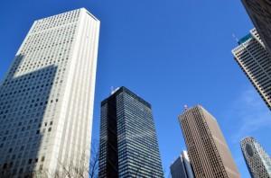 ビル群と青空