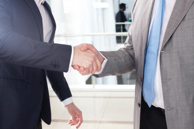 投資家から支援を受ける