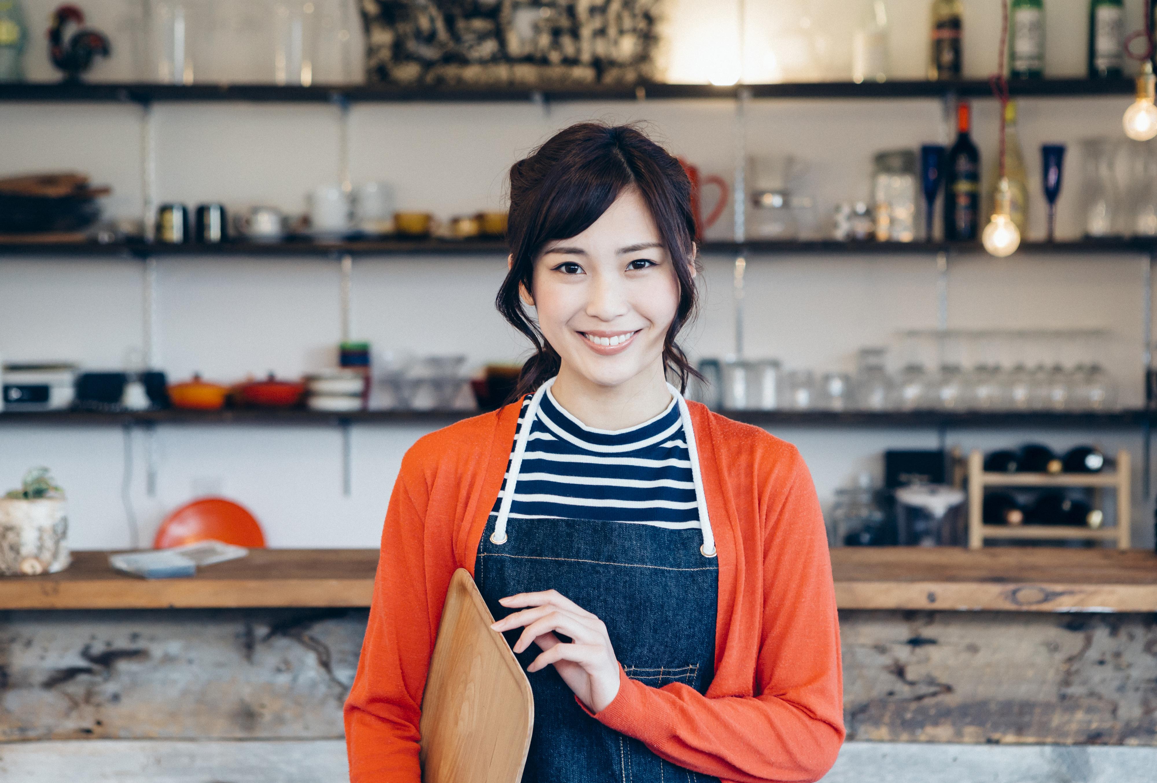 カフェで独立開業する方法、飲食業で成功するには情報収集が大切!