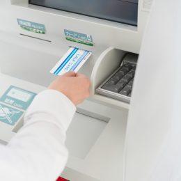 銀行審査が難しい場合は、ノンバンクのビジネスローンを活用しよう!