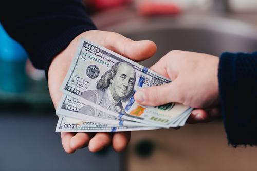 ファクタリングで売掛金を現金にする方法