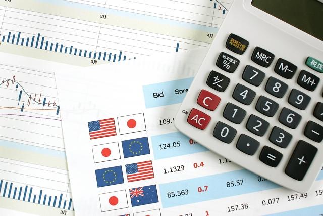 為替のチャートと電卓