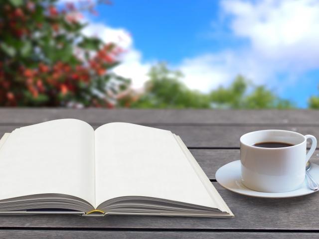 出版する本の構想を練る場面