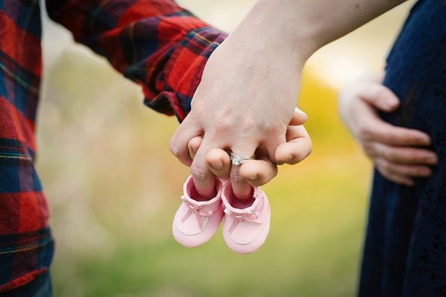 出産育児一時金の補助制度まとめ!心配なく医療機関に申請するために