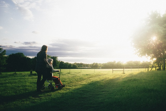 介護休業給付金申請と受給の方法