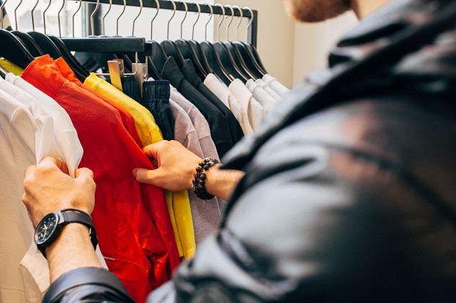 依頼を受けて代わりに買い物!「買い物・ショッピング代行」副業で効率よく稼ぐ方法