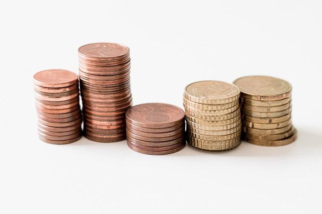 売上の計上基準変更を節税に活用する際のメリット・デメリットとは