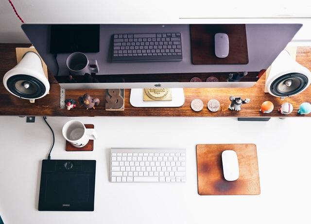 フリーランスのロゴデザイナーは稼げる?働き方や収入の目安などを紹介!