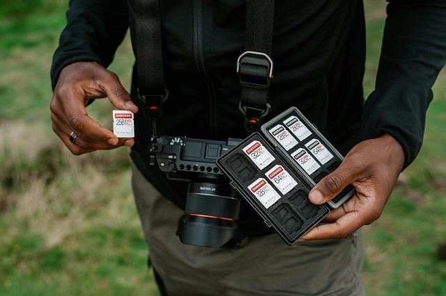 フリーランスのカメラマンは稼げる?働き方や収入の目安などを紹介!